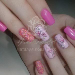 Коррекция гелевых ногтей с покрытием гель лаком роспись