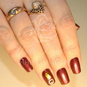 Коррекция гелевых ногтей под лак с покрытием гель лаком коричневого цвета с ромбами