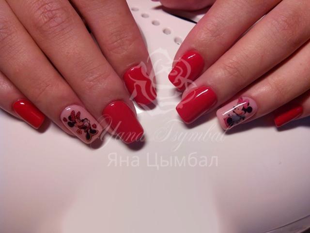 Коррекция гелевых ногтей под лак с покрытием гель лаком красного цвета