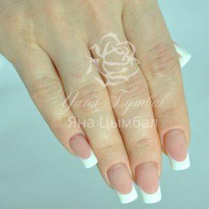 Фото Наращивание ногтей гелем выкладной френч