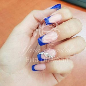 Наращивание ногтей гелем френч