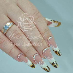 Наращивание ногтей гелем арт френч современный миндаль тигровый