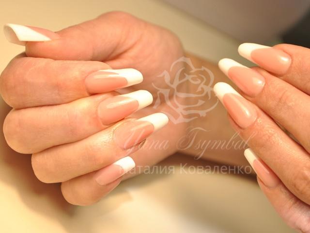 Наращивание ногтей гелем, коррекция ногтей гелем, гелевый френч, Троещина, Киев
