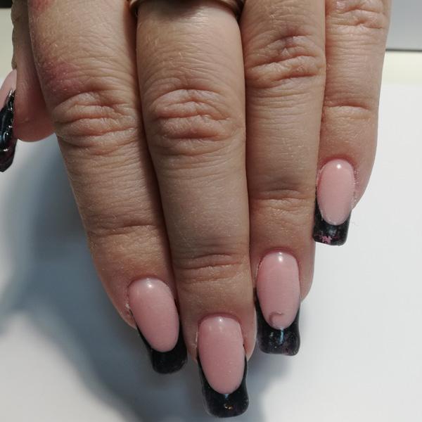 Коррекция ногтей гелем Киев